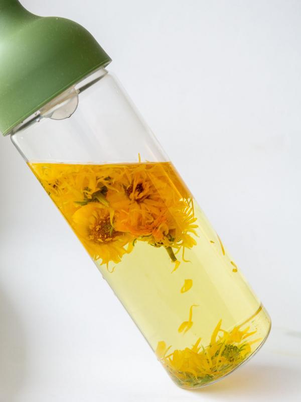 organic calendula flowers rhoeco marigold cold brew bottle