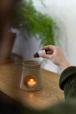 rhoeco organic oregano essential oil